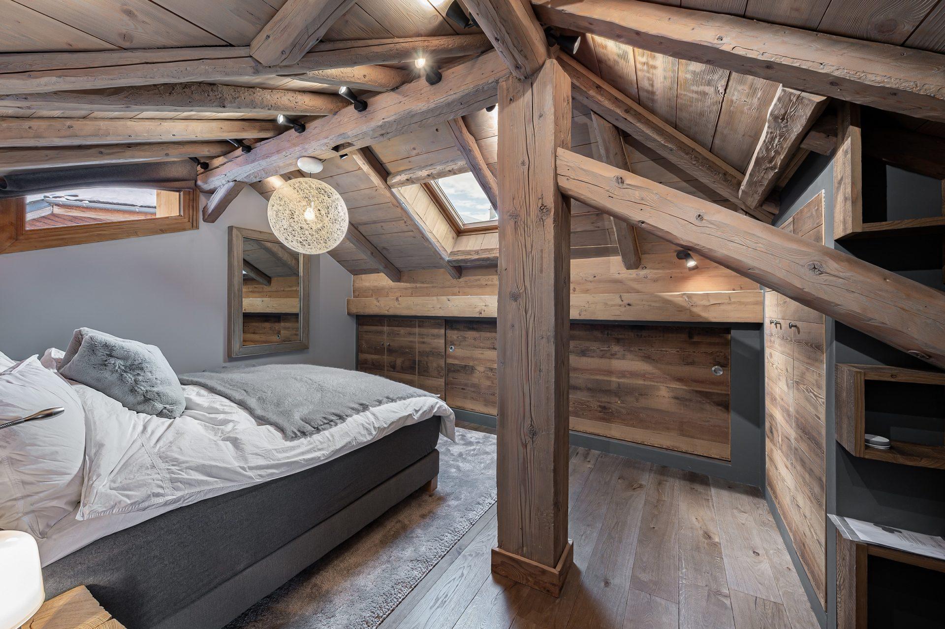 L'Epicerie / Appartement 3 / Chambre sous combles / Saint Martin de Belleville, Savoie